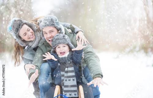 Leinwanddruck Bild Wintertime Holdiday Family