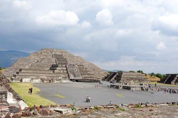 Pyramide de la Lune à Teotihuacan, Mexique