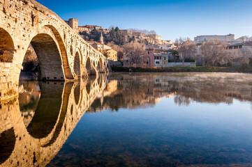 Pont vieux et l'Orb à Béziers