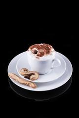 Tasse Bohnenkaffee mit Crema