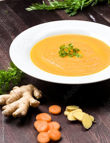 Deurstickers Klaar gerecht Möhren Ingwer Suppe