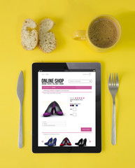 shopping online at breakfast