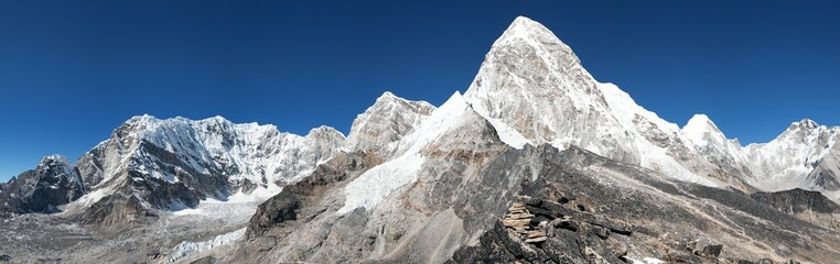 View of Mount Pumo Ri and Kala Patthar