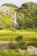 Ruta a la cascada de las gargantas de Ben Nevis, Escocia
