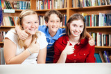 Library Students Give Thumbs Up