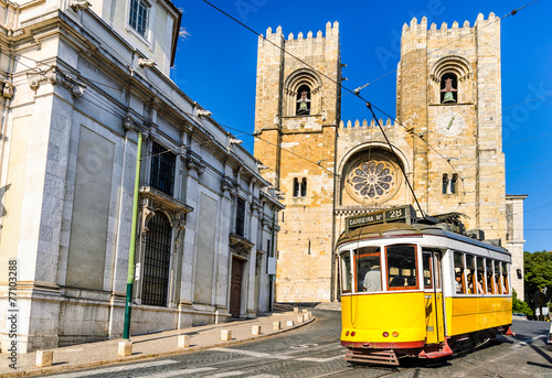 Foto op Canvas Mediterraans Europa Historic yellow tram of Lisbon, Portugal