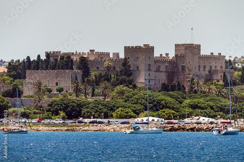 Zdjęcia na płótnie, fototapety, obrazy : Old City of Rhodes Island, view from the sea
