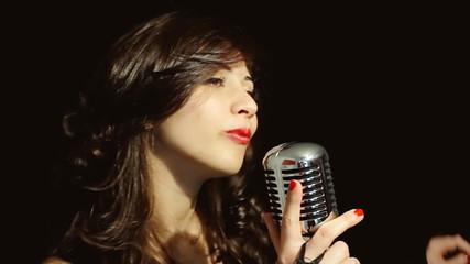 Music woman singer la la cool moves