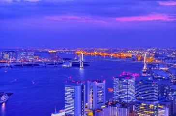 東京お台場のレインボーブリッジの夜景