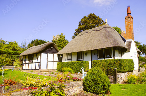 canvas print picture cottage