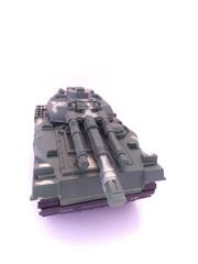 砲台を向ける戦車