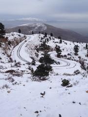 kıvrımlı dağ yolları