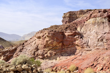 Colored cliff in Small Crater, Negev desert.