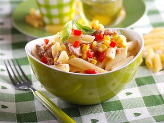 insalata di pasta con tonno e mais