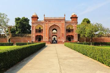Gate to Taj Mahal Temple, Agra