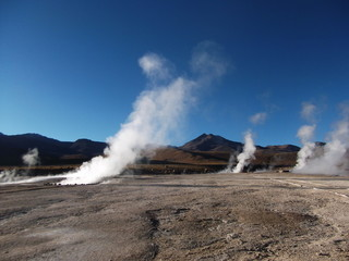 geyser Chile bolivia mountain hot spring water panorama