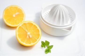 レモン搾り器
