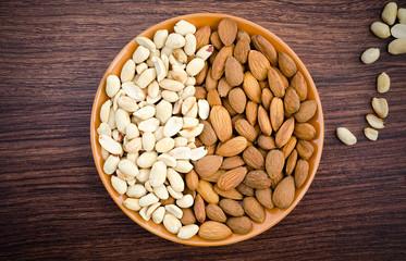 almonds and peanut