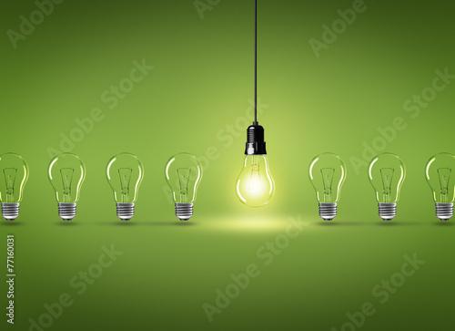 Leinwandbild Motiv Glühbirnen / Reihe
