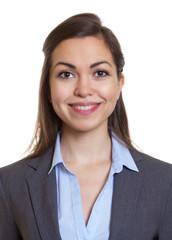 Passfoto einer Frau im grauen Blazer
