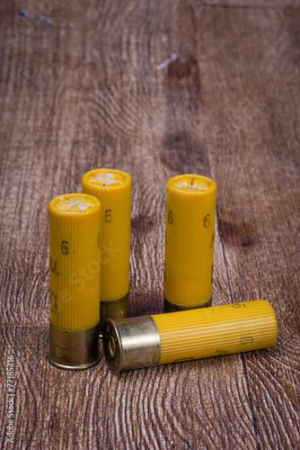 Fotobehang Jacht Yellow Twenty Gauge Shotgun shells