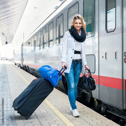 Travel (Ivana) - 77208664
