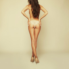 curves girl back, without cellulite