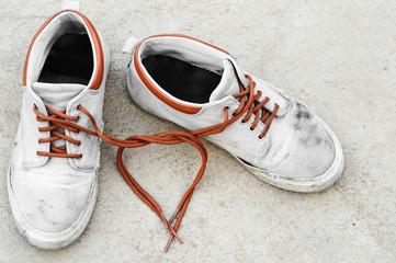 love from sneaker