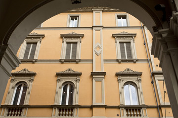 Bologna Windows