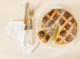 Neapolitan Easter pie with wheat and ricotta