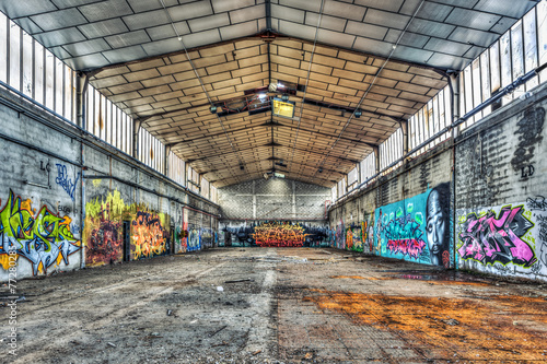 Old empty warehouse - 77280285