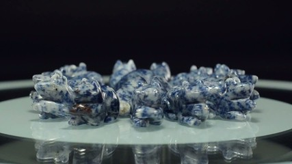 Carving sodalite rats rotate