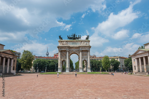 Arch of Peace in Sempione Park, Milan, Italy - 77326881