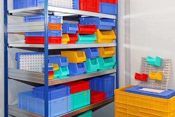 Color shelf bins