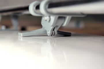 Close-up tile cutter