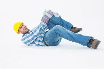 Repairman suffering from knee pain
