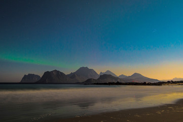 Norway, Lofoten Islands, Flakstad, Sandnes, Brewing aurora borealis