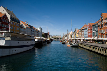 Denmark, Copenhagen, Nyhavn, Colorful harbor of Copenhagen