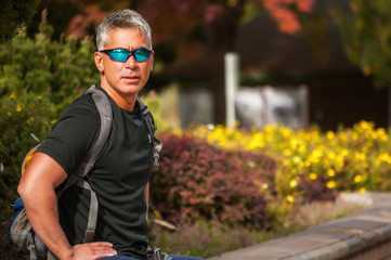 USA, Idaho, Ada County, Boise, Portrait of athletic man wearing sunglasses