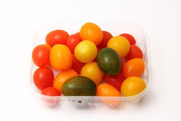 Tomates cherry envasados