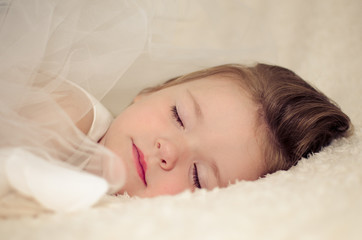 Small girl (2-3) sleeping