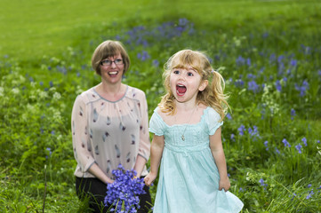 United Kingdom, UK, Warwickshire, Rugby, Portrait of happy mother and daughter (4-5)