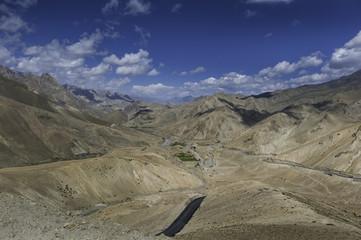 India, Ladakh, Landscape with Fotu La mountains