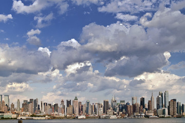 USA, New York State, New York City, View of city skyline from Jersey shore