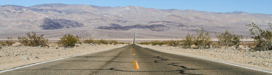 USA, California, Death valley road