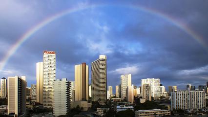 USA, Hawaii, Honolulu, Rainbow over city skyline