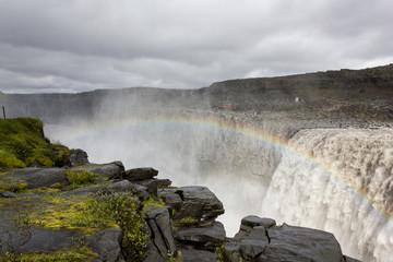 Iceland, Dettifoss, Jokulsa River, Rainbow over waterfall