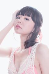 日本人女性のファッションポートレイト