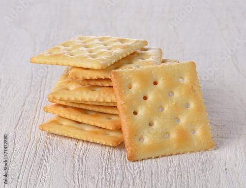 Fotobehang Brood Cracker on wooden