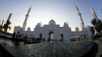 time lapse Sheikh Zayed Grand Mosque Abu Dhabi